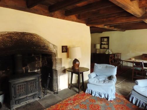 Calverley interior